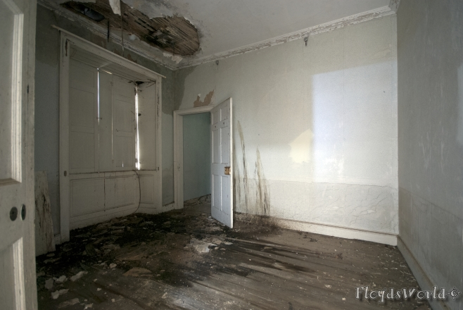 watermarked-East End House 024